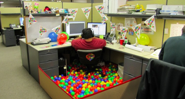 cubicle prank